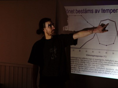 Axel pratar genetik